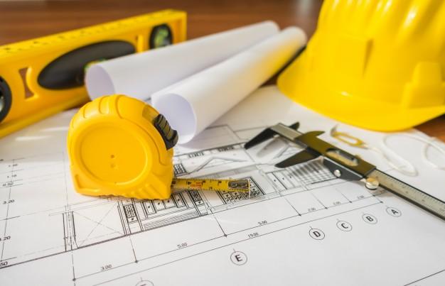 Szkoda, wady budowlane i odszkodowanie przez wykonanie prac oraz robót budowlanych
