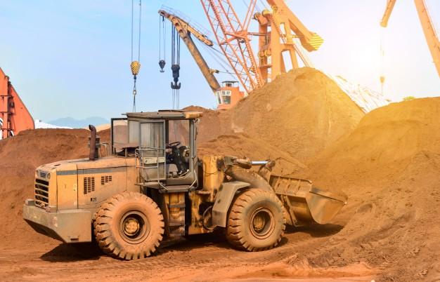 Informowanie zamawiającego przez wykonawcę o trudnościach w realizacji inwestycji, prac czy robót budowlanych